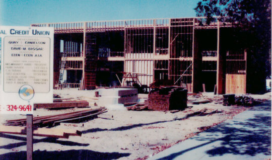 Building Downtown Branch in 1979